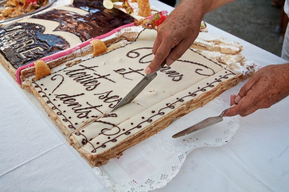 Le gâteau d'anniversaire des Rencontres. © David Lemonnier, 2012.